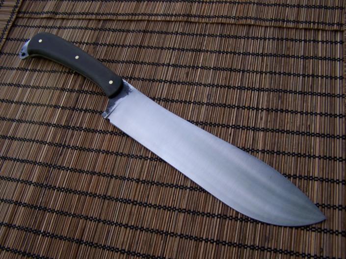 Couteaux sur mesure de camp